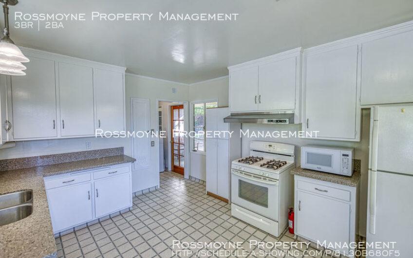 2777 Sanborn Ave La Crescenta, CA 91214 Kitchen 2