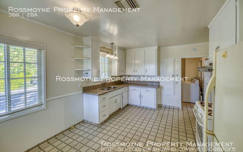 2777 Sanborn Ave La Crescenta, CA 91214 Kitchen